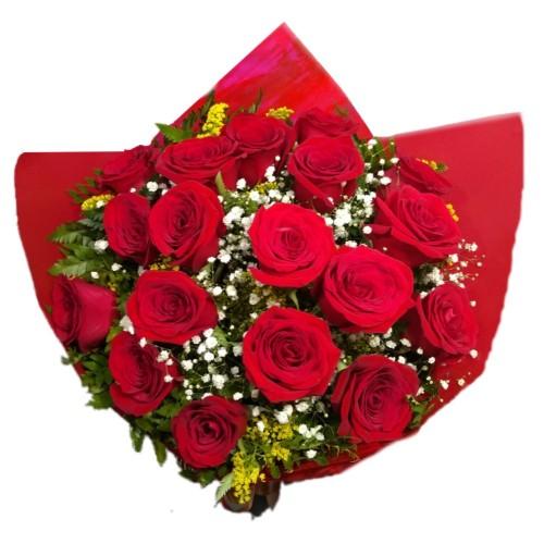 Buque de 18 Rosas Importadas
