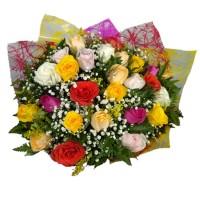 Buquê de 24 Rosas Nacionais Coloridas