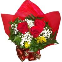 Buque de 3 Rosas Importadas