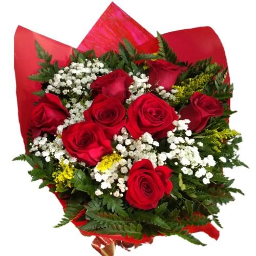 Buque de 8 Rosas Importadas