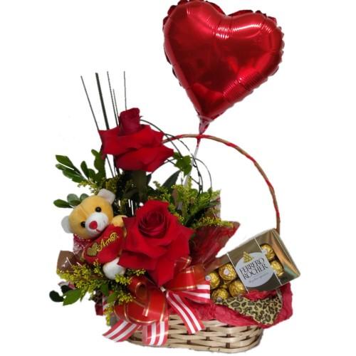 Cesta Amor com Ferrero