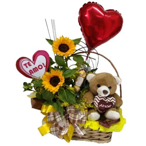 Cesta Especial dia dos Namorados em Girassol
