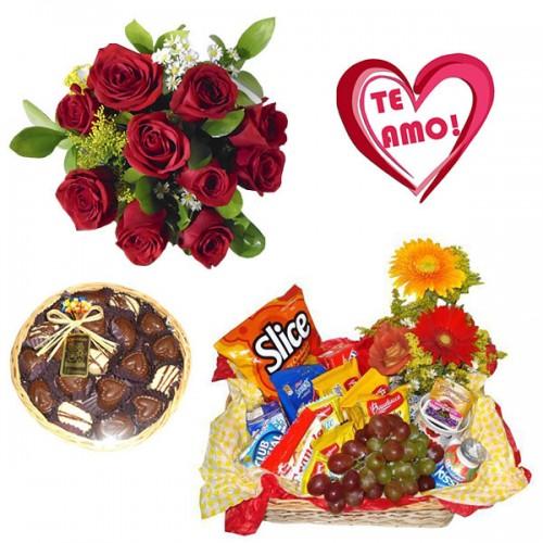 Combo Buque de 10 rosas + Plaquinha + Bandeja de Vime Redonda com Chocolate + Cesta Cafezinho